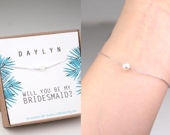 Bridesmaid gift, single pearl bracelet, will you be my bridesmaid, mother of bride gift, freshwater pearl, dainty bracelet, bridal shower