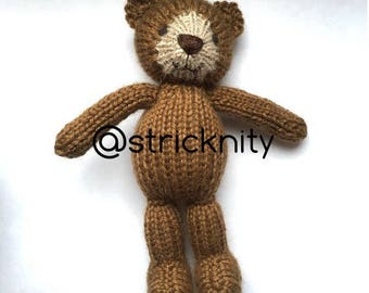 Knitted Teddybear, photo props, small bear to collect, gift for babies, baby soft toys