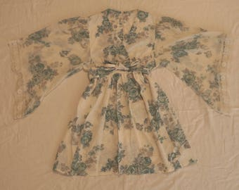 1960's / 70's Vintage Floral Sun Dress - Bell / Flare Sleeve - Size 10