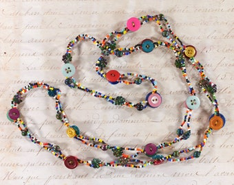 Long necklace, Mehrsträngige necklace, cheerful colorful necklace with buttons