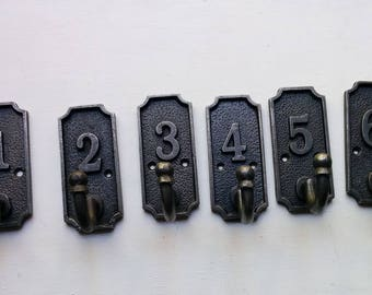 Set of iron 1 - 6 number hooks