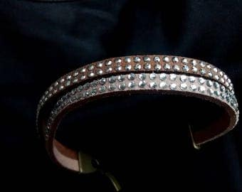 Suede lined bracelet pink crystals and tender/chocolate