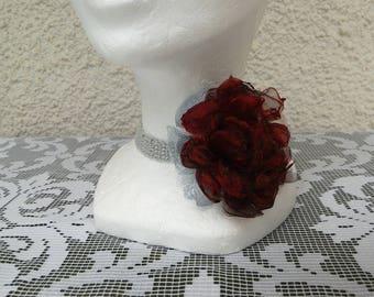 Crew neck collar chokers retro chic crocheted gray Pearl, removable metallic, Burgundy, gray organza flower brooch makes