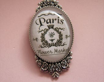Vintage French Agnesvintage14 Cabochon brooch.