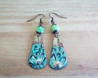 earrings enamelled charm