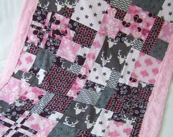 Blanket style quilt, pink, Brown, gray