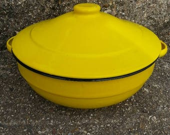 Yellow Enamelware Pot with Lid Vintage Enamel Pan with lid