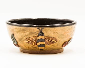 Bee Soup & Salad Bowl | Cereal Bowl | Serving Bowl | Pottery | Ceramic | Stoneware | Pottery Bowl | Ceramic Bowl | Stoneware Bowl