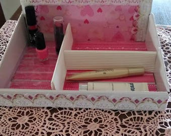 boxes makeup all in pink wearing
