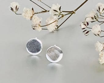 Round Silver Ear Studs,Silver Disc Earrings, Delicate Silver Ear Studs, Gift Earrings, Bohemian Ear Studs, (E162)