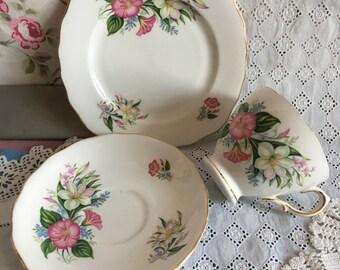 Lovely pretty colclough lillys tea trio, coclough tea trio floral china