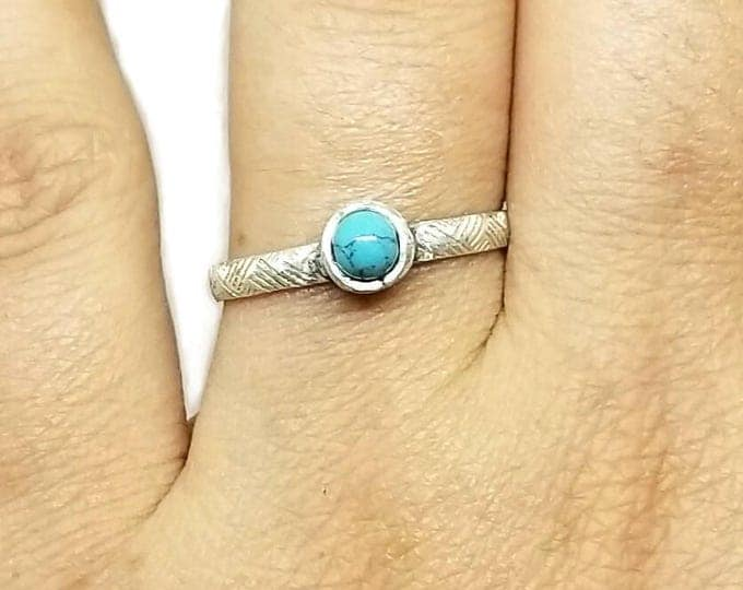 Patterned Band Sterling Silver Turquoise Ring, 11th Anniversary Gift, December's Birthstone Ring, Turquoise Gemstone Ring, US Size 9 Ring