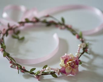 Crown of flowers and berries shabby chic