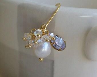 Earrings sleepers - Selene - gold freshwater pearls, vintage swarovski