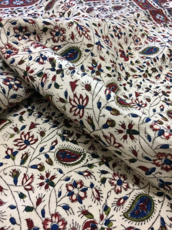 Handmade Floral tablecloth, wonderful quality cotton tapestry with tassels , vintage Christmas