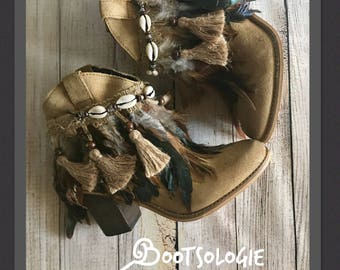 IN STOCK Decorated ankle boot, festival boot, feather boot, bootie. Reworked boot. Leather boot, suede. Size 7M