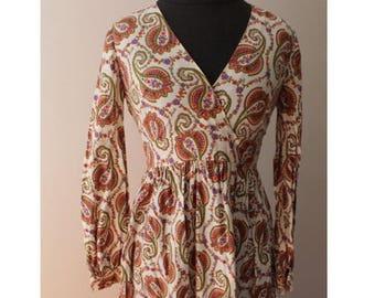 Summer Start Sale Vintage 1970s Paisley Boho Maxi Dress -Long Sleeve -Romantic Cute Print - Cotton - Size Small