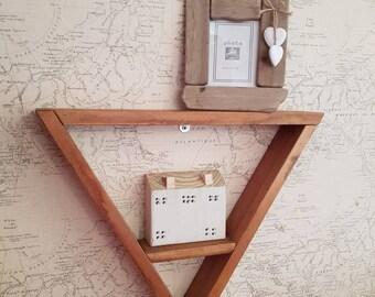 Triangular box shelf