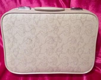 Pretty in Pink-Skyway Travelgard Suitcase