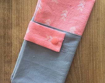 Protects baby; pouch for girls; Coral arrows