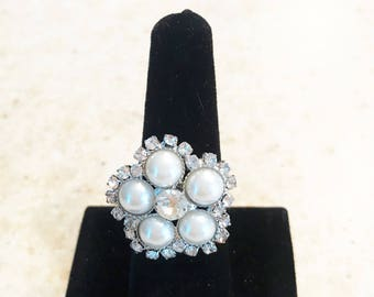 White Pearl & Crystal Button Ring