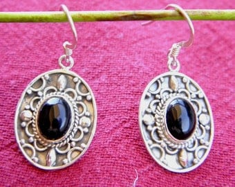 Earrings 925 Silver and filled with onyx