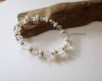 Transparent, Pearl and gold bracelet old.