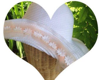 Romantic summer Hat pale white/pink