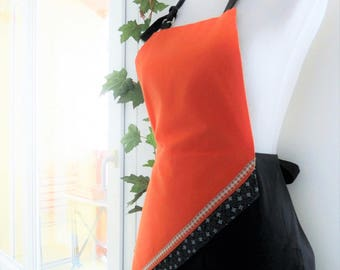 Original and elegant woman apron for the kitchen