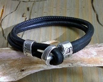 Leather Bracelet with anchor lock black silver
