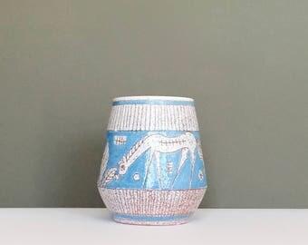 Mid century modern Fratelli Fanciullacci Pottery Sgraffito stylised Horse decor Vase made in Italy