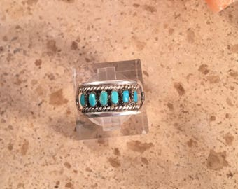 Vintage Zuni Turquoise & Sterling Silver Petit Point Ring Size 5