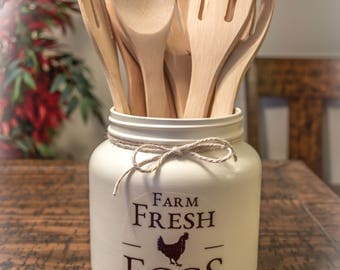 Ivory Farmhouse Utensil Holder, Home Decor, Farmhouse Decor, Rustic Decor, Vintage Decor, Farmhouse Kitchen, Country Kitchen, Rustic Kitchen