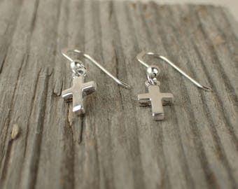 925 Sterling Silver Little Cross Earrings