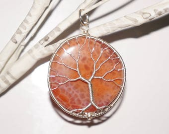 Dragon Vein Agate Tree of Life Pendant
