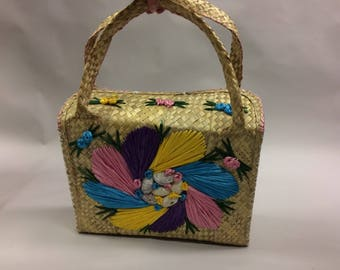 Large 1960s Vintage Rattan Hand Woven Tote with Handles and Rattan Button Closure | Market Bag | Shoulder Bag | Hippie Bag | Festival Boho