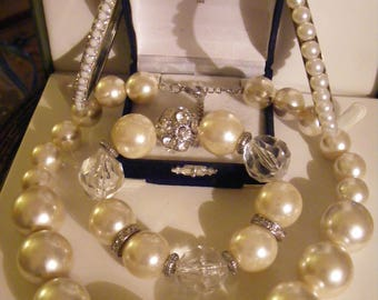 Lovely Vintage Faux Pearl Lot