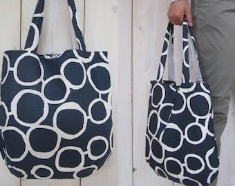Tote bag blue white circles pattern shoulder bag