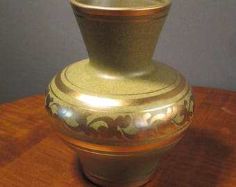Vee Jackson mid century vase