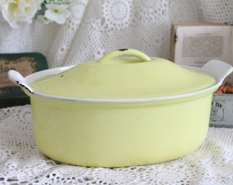 Vintage French Le Creuset Yellow Oval Cast Iron Cooking Pot - 26cm