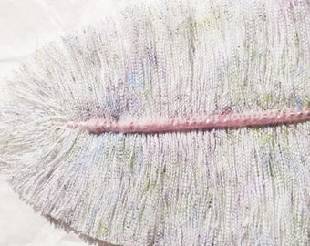 Meadowsweet Finch: Feather textile jewelry, jewelry bags, accessories, decoration...