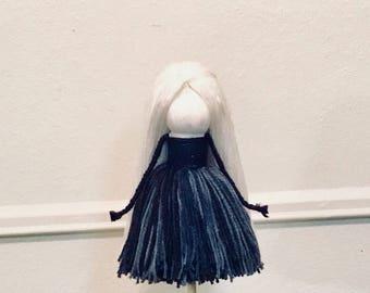 Yarn Doll (3) 2018