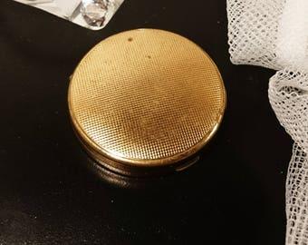 Small gold Elizabeth Arden vintage compact, 50's Elizabeth Arden mirror compact, vintage compact