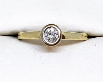 18ct Gold Diamond Bezel Set Solitaire Ring