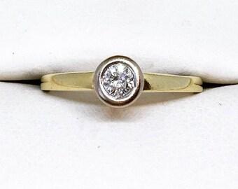 18ct Gold Diamond Bezel Set Solitaire Ring