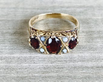 Garnet and opal vintage ring 1979