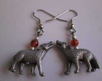 Vintage Sterling Silver Dangle Earring - Howling Wolf Pack Coyote Dog