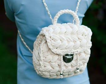 Casual Backpack/Knit Marshmelloy Rucksack/ Hipster Rucksack/ Mini Backpack/ Cotton Rucksack/ Everyday backpack of Chunky Yarn