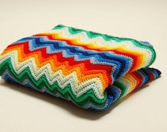 1970s Rainbow Afghan ⎮ Vintage Crocheted Afghan ⎮ Vintage Chevron Blanket