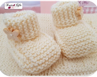 Made to Order Newborn Knitted Booties - Hand knitted baby booties / baby booties / knit baby booties / Merino baby booties / newborn booties